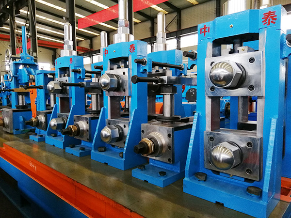 Dây chuyền sản xuất ống/hộp hàn dọc BNF-P76