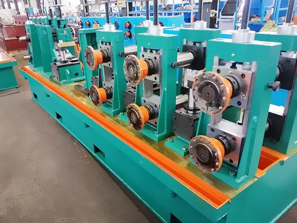 Dây chuyền sản xuất ống/hộp hàn dọc BNF-P89